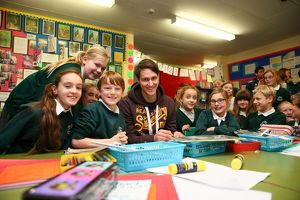 Philipp Wollscheid visits local school